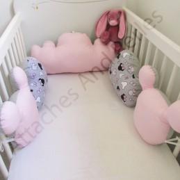 Tour de lit 5 coussins nuages et mickey - Attaches And Perles