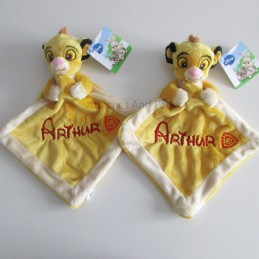 Doudou simba personnalisable - Attaches And Perles